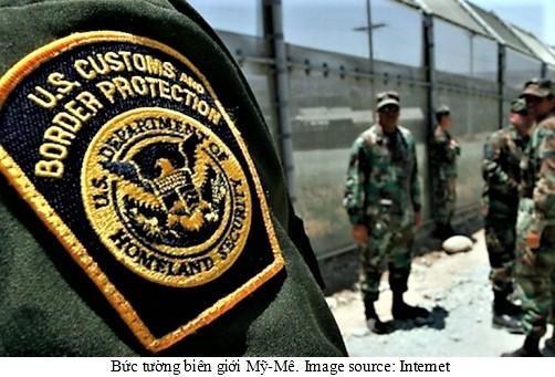 border-walls-7